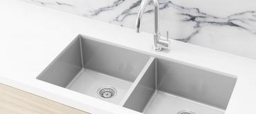 Projekty domov | Aký materiál kuchynského drezu si vybrať ?