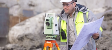 Projekty domov | Úlohy geodeta pri stavbe domu