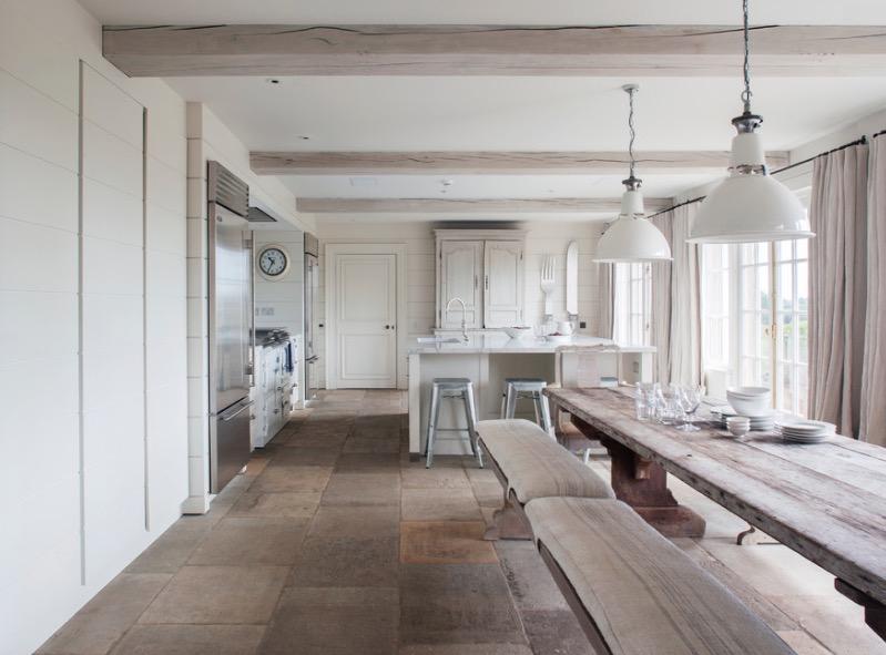 Kamenné kuchynské podlahy