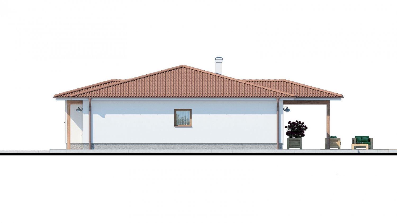 Pohľad 2. - Klasický bungalov s malým sklonom strechy.