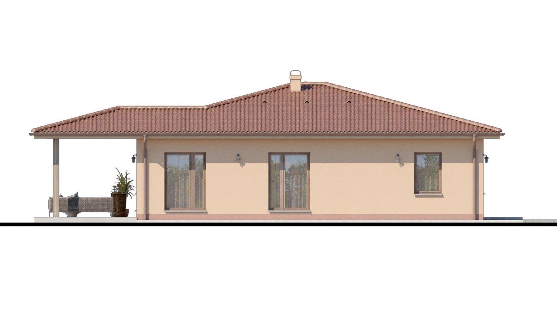 Pohľad 4. - Top projekt domu 2019 s valbovou strechou a prekrytou terasou.