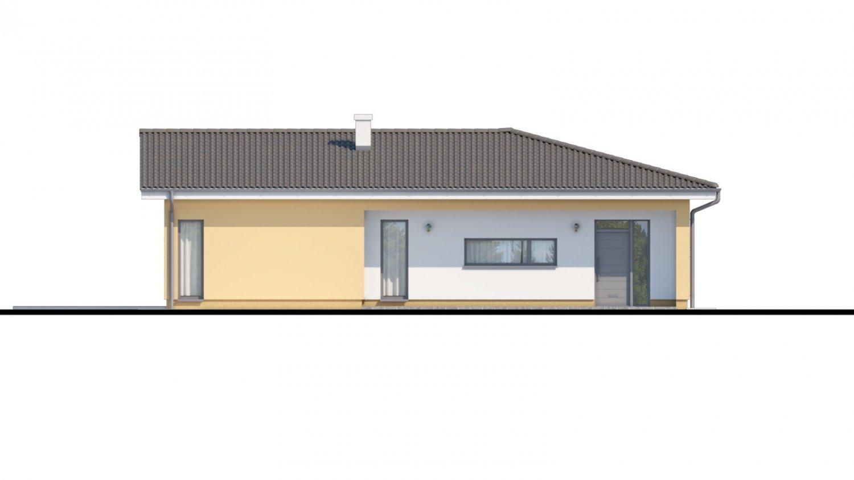 Pohľad 1. - Veľký dom do tvaru L s množstvom úložného priestoru.