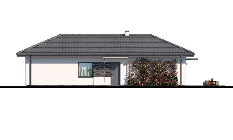 Pohľad 1. - Murovaný projekt 4-izbového domu na dlhý a úzky pozemok s bočným vstupom.