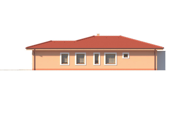 Pohľad 4. - Krásny 5-izbový murovaný bungalov s valbovou strechou a krbom.