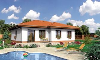 Dom s valbovou strechou a krytou terasou