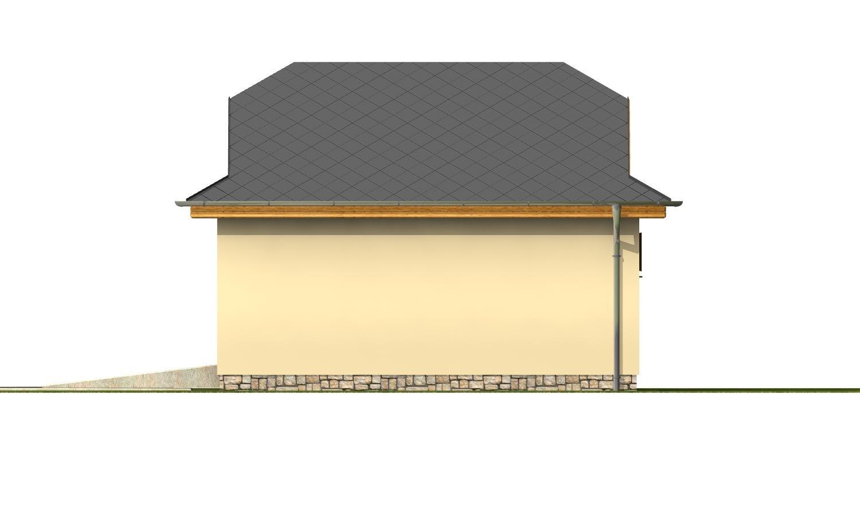 Pohľad 4. - Garáž pre 2 autá  so širokými garážovými dvermi, má polvalbovú strechu