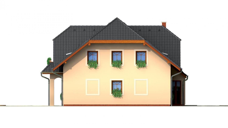Pohľad 2. - Väčší dom so suterénom, garážou a polvalbovou strechou.