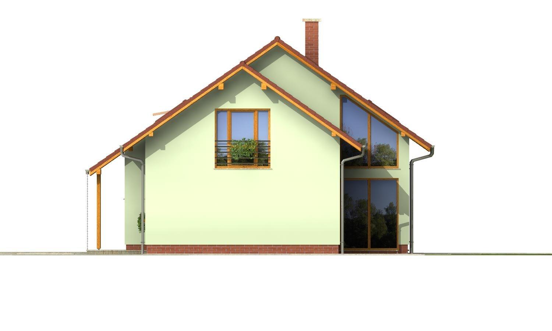 Pohľad 4. - Priestranný dom so sedlovou strechou.